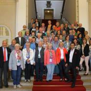 Bei weiß-blauem Himmel konnte Martina Fehlner die Besuchergruppe zunächst im Maximlianeum empfangen. Auch Kultusminister Spaenle und Arif Tasdelen, integrationspolitischer Sprecher der SPD-Landtagsfraktion, begrüßte die Gäste vom Untermain.