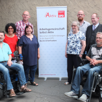 Foto: Norbert Sandmann, Rolf Janiak, Helga Raab-Wasse, Sibylle Brandt, Cristina Lange, Volkmar Prößdorf, Stefan Koppatz und Martin Merz.